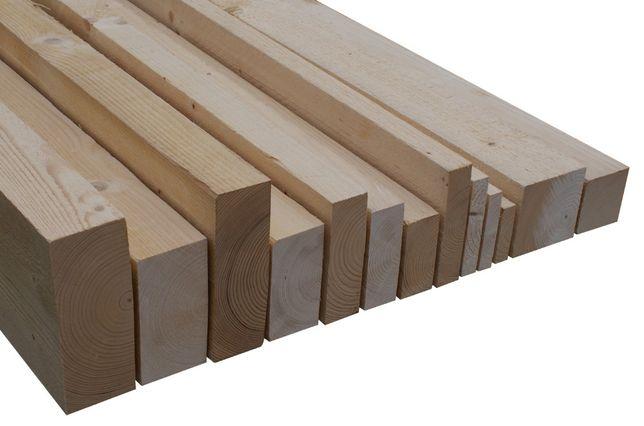 Tarcica świerk skandynawski 18% skład drewna świerkowego słup deski