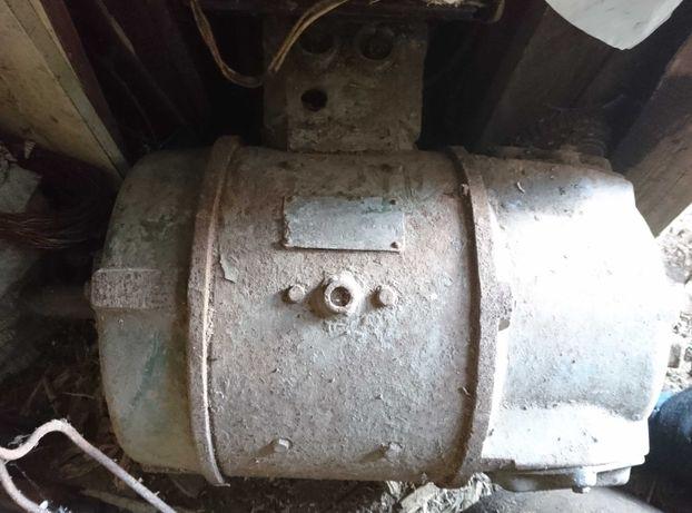 Электродвигатель постоянного тока ПБ43, б\у