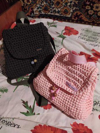 Рюкзаки, сумки, клатчи вязаные, из трикотажной пряжи