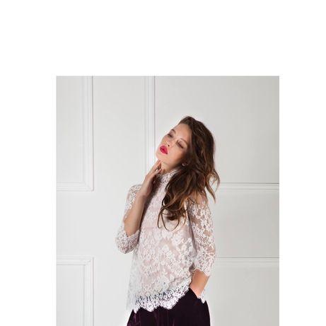 Кружевная белая блузка  с воротничком стойка  Французское кружева латы