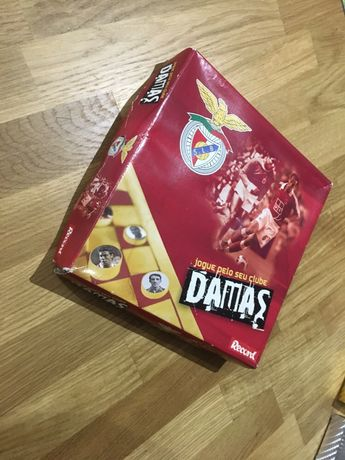 Dominó, Damas, Xadrez e Cartas UNO do Benfica - Jogos de tabuleiro