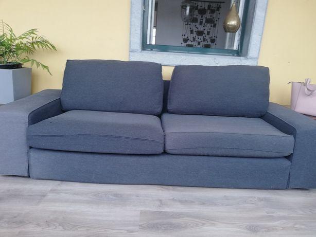 Sofá cinza escuro do Ikea usado em bom estado medidas 2.25 cx 88  L