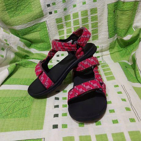 Босоножки сандали jack wolfskin 34p розовые