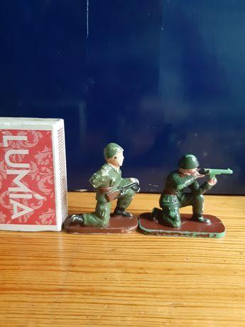 Figurki żołnierzyki sprzedam