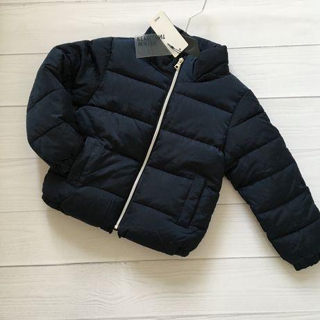 Новая теплая куртка Mango 4-6 лет