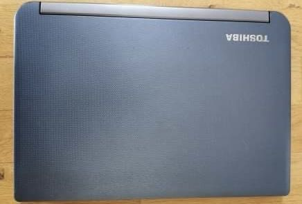 Ultrabook laptop toshiba satellite srebrny
