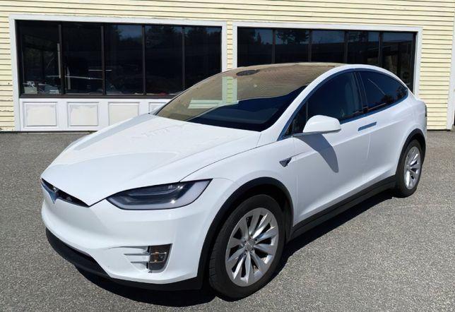 Продам 2016 Tesla Model X
