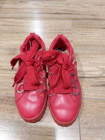 Buty damskie trampki czerwone 38