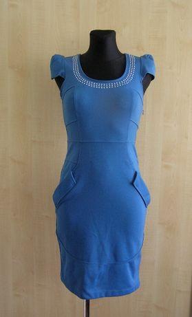 Niebieska sukienka r. 36