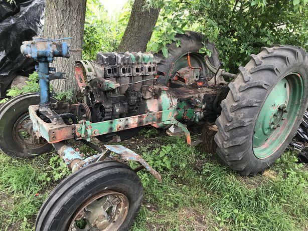 Запчастини до трактора Т 40 АМ є все