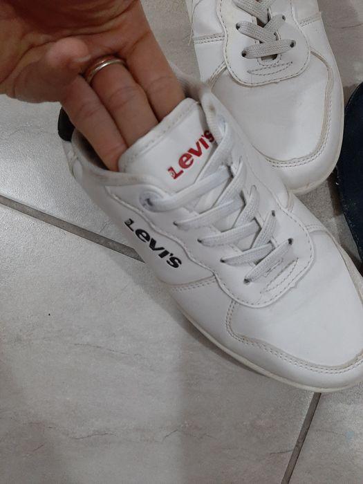 Buty sportowe levis Ostrów Mazowiecka - image 1