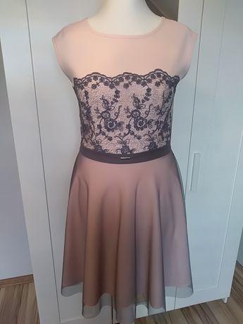 Sukienka INFINITY 42 tiulowa koktajlowa
