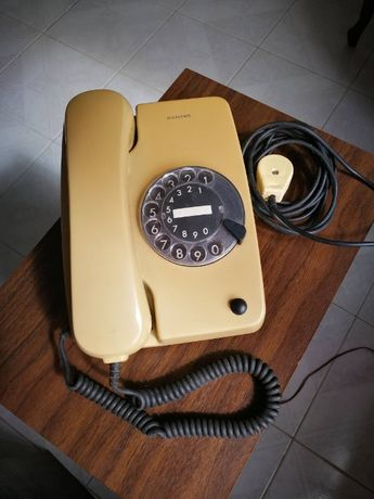 Telefone Analógico Muito Antigo