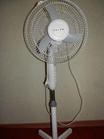 Вентилятор DELFA DSF-1230. Рабочий, почищен от пыли.