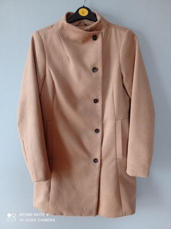 Pull&Bear płaszcz r.L
