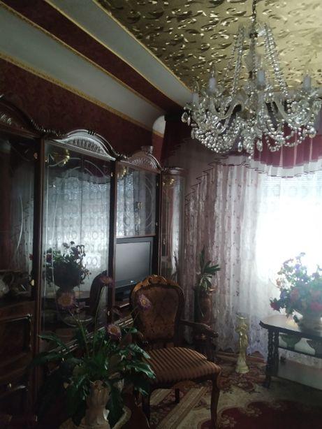 Продам 2-х ком. квартиру в Петровском районе Родионова, кинотеатр МИР