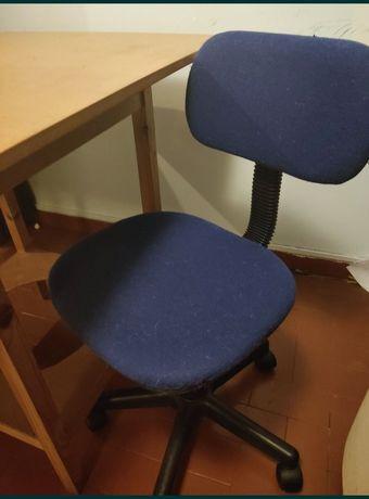 Cadeira secretária muito bom estado