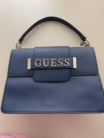Продам новую оригинальную сумку в идеальном состоянии GUESS