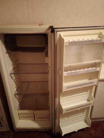 Продам, обменяю холодильник