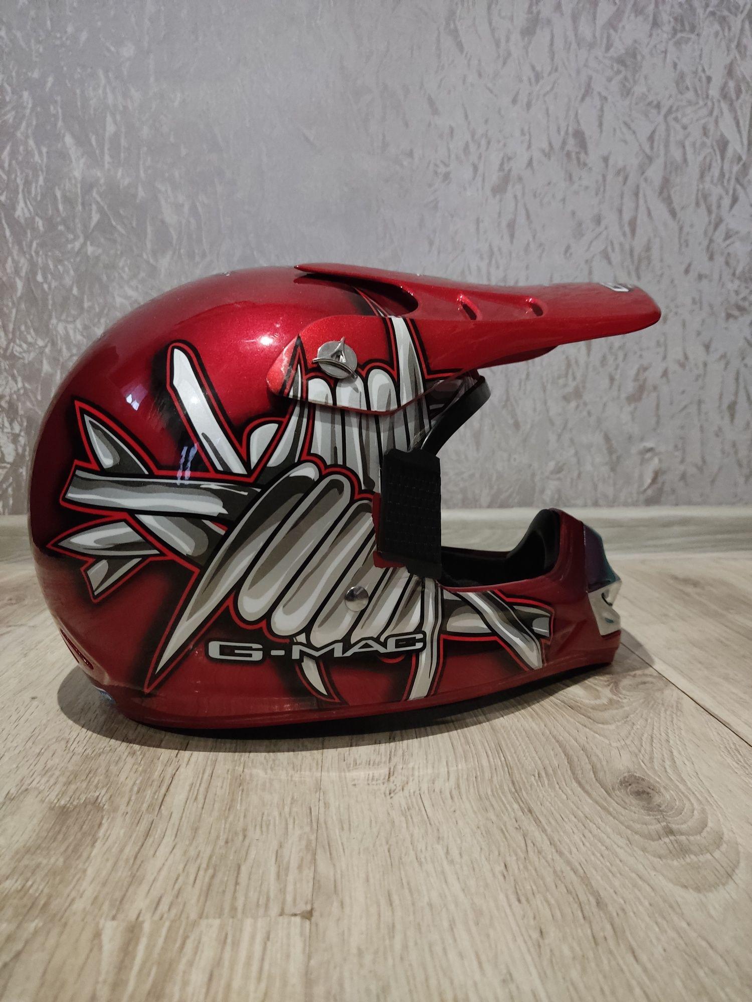 Продам ендуро шлем розмір М майже новий