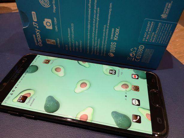 Смартфон Samsung j7 2017 идеальное состояние