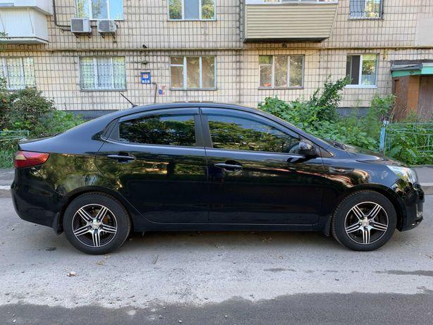 Продам Kia Rio 1.4 2012