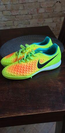 Nike Magistax 41