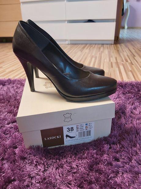 Czarne, skórzane buty, szpilki LASOCKI rozmiar 38