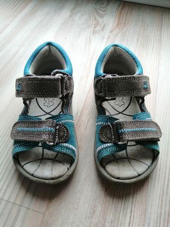 Sandałki rozmiar 24