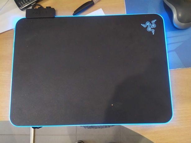 Продам Игровая поверхность Razer Firefly V2 (RZ02-03020100-R3M1)