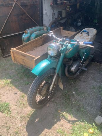 Мотоцикл Иж 56 на ходу