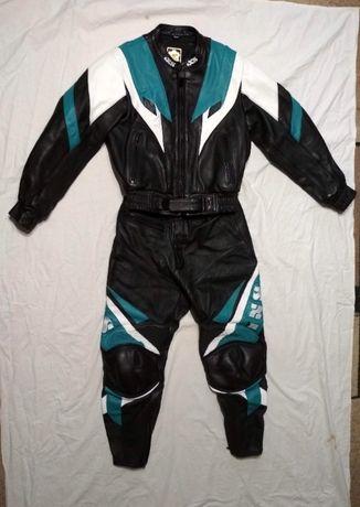 Мотокостюм кожаный IXS, размер 44.