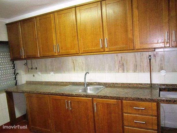 Apartamento T2 Venda em São João da Madeira,São João da Madeira