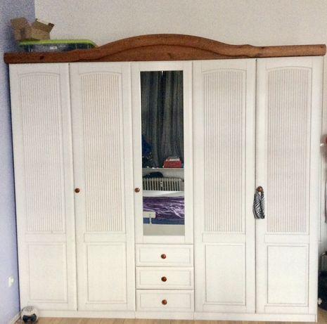 Duża biała szafa drewniana styl skandynawski 250 cm