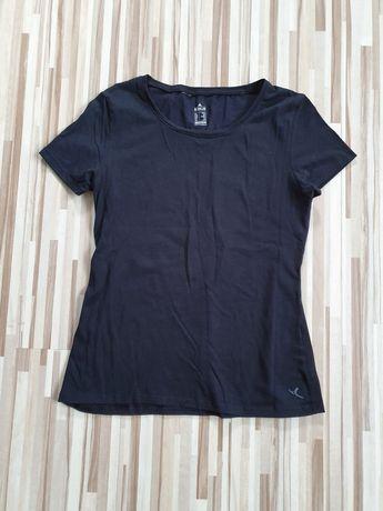 Czarna koszulka Decathlon XS