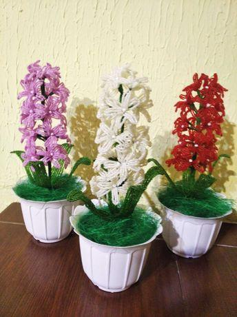 Квіти з бісеру декор.
