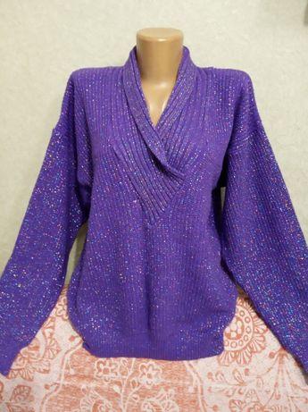 Элегантный блестящий свитер