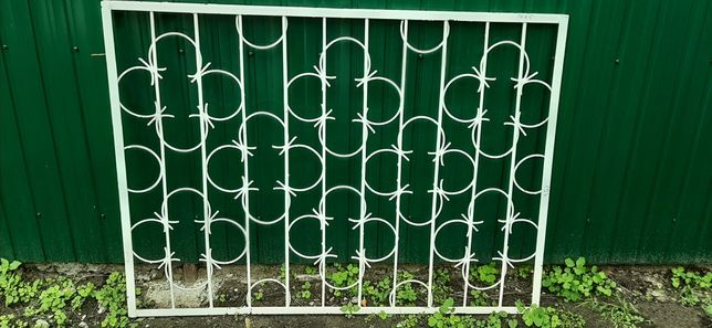 Продам металические решётки на окна в отличном состоянии