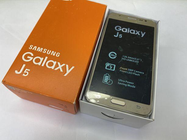 Samsung j5 Gold новий повний комплект