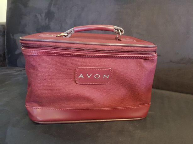 Kuferek Avon na kosmetyki