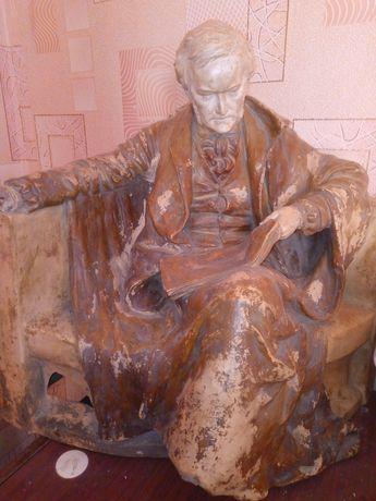 Німецький композитор Річард Вагнер треба реставрація кість руки  -ноги