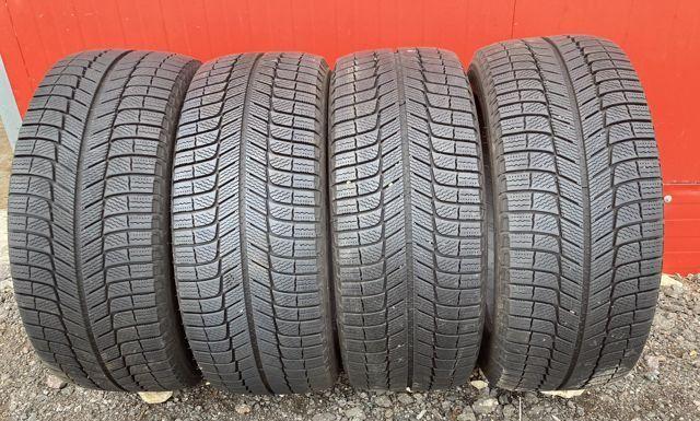 Продаю 4 шины: Michelin X-ice 3 24550 R18