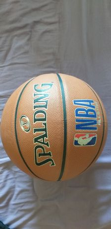 Bola de basquetebol Spalding NBA All Star Tamanho e peso Oficiais.