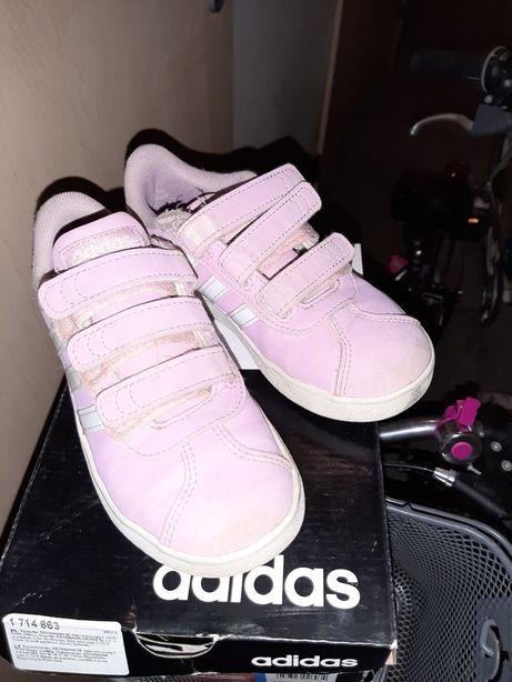 Buty Adidas dziewczęce adidasy 30