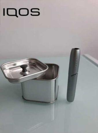 Metalowy pojemnik na zurzyte wkłady IQOS