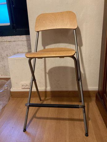 Cadeira alta estirador