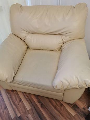 Fotel skórzany, ecru