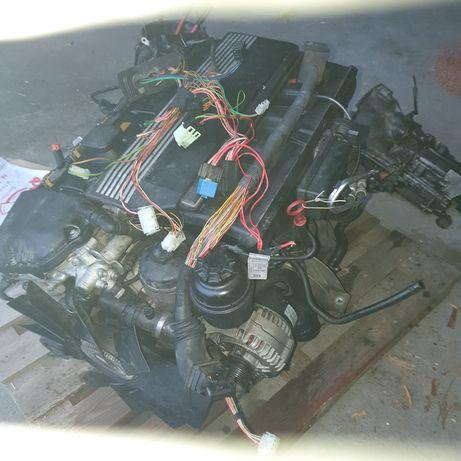 Silnik BMW 256S4 e39
