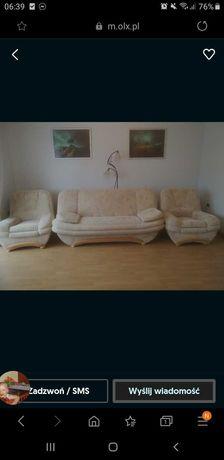 Łóżko i dwa fotele