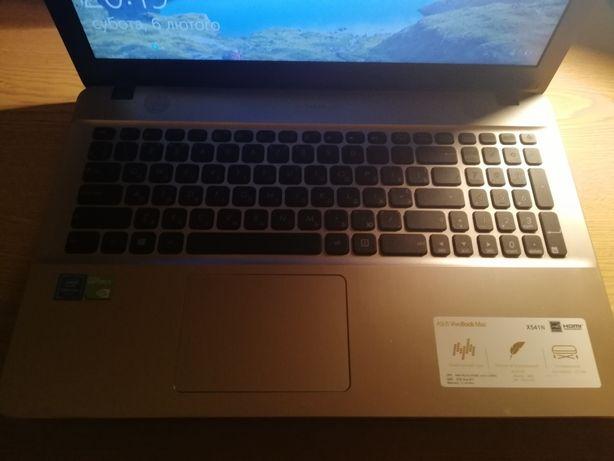 Ноутбук Asus, в хорошем состоянии